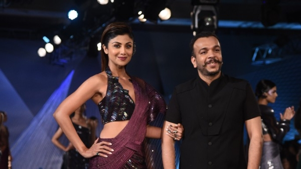 Shilpa Shetty Kundra walked as showstopper for Amit Aggarwal's debut show at the Indian Couture Week 2018 in Delhi.