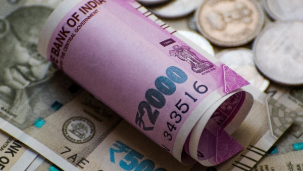 Rupee Hits All-Time Low at 70 Per Dollar