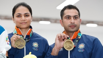 Shooters Ravi Kumar and Apurvi Chandela bagged the bronze in the 10m Air Rifle mixed team event.