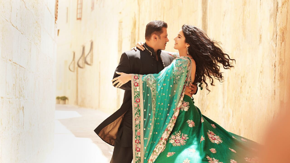 QuickE: 'Bharat' to Clash With World Cup; Twitter Bashes SOTY 2
