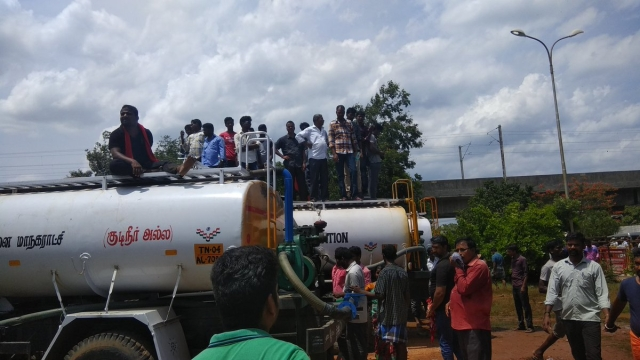 Water tankers outside Rajaji Hall to provide drinking water to people.