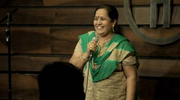 Deepika Mhatre entertains the Mumbai crowd with her comic routine.