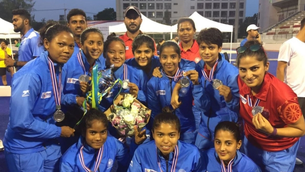Indian men's and women's hockey teams qualify for the Youth Olympic Games for the first time.
