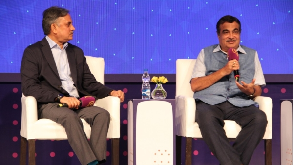 At Quint Hindi and Google's 'Bol - Love Your Bhasha' event, Union Minister Nitin Gadkari explained how his 'Safai Abhiyaan' impacted government offices.