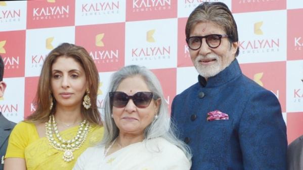 Amitabh Bachchan with wife Jaya and daughter Shweta Bachchan-Nanda.