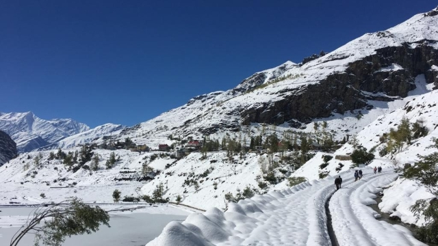 Visuals of snow clogged road in Lahual-Spiti Valley