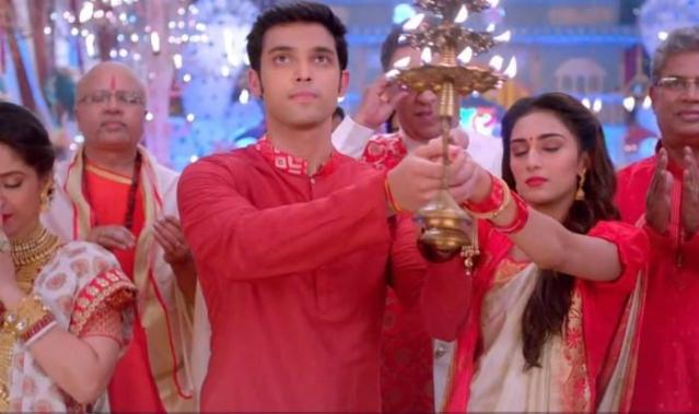 Anurag and Prerna during a Durga Puja sequence.