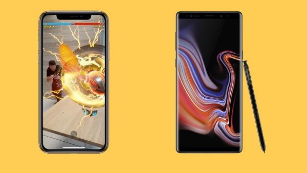 Apple iPhone XS Max (left) and Samsung Galaxy Note 9 (right)