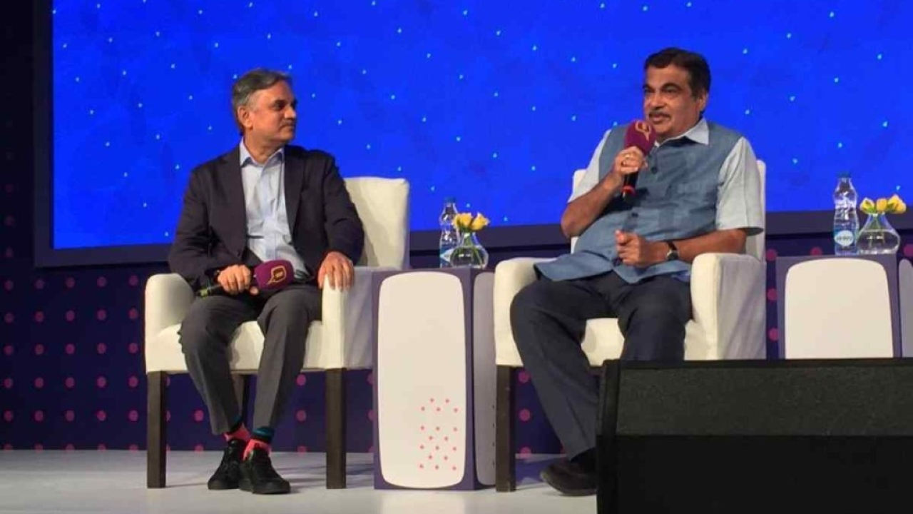 Union Minister Nitin Gadkari at Google and Quint Hindi's 'Bol – Love Your Bhasha' event.