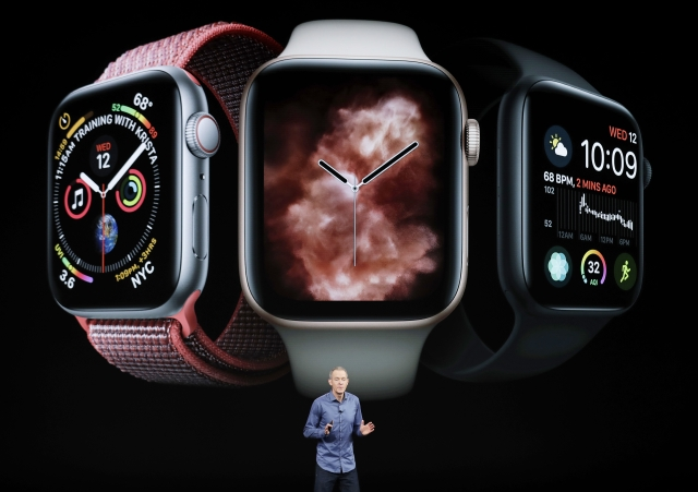 Apple COO Jeff Williams talks about the Apple Watch series 4.