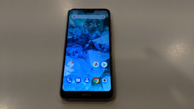 Nokia 7.1 gets a 5.8-inch PureDisplay.