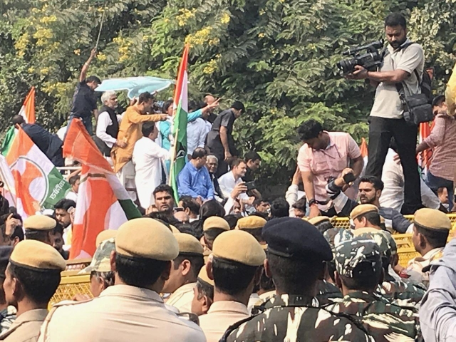 Rahul Gandhi leading the protest to CBI HQ on Friday