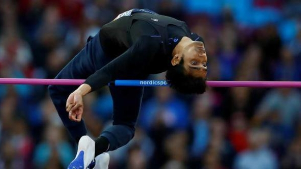 The 26-year-old world championships silver-medallist bettered the Asian as well as the Games record with a jump of 1.90m