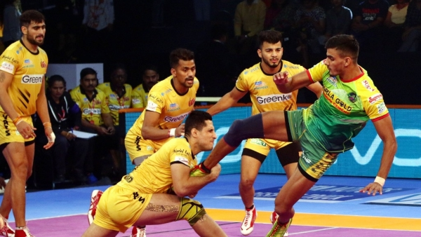 Pro Kabaddi League: Telugu Titans Beat Patna Pirates 35-31
