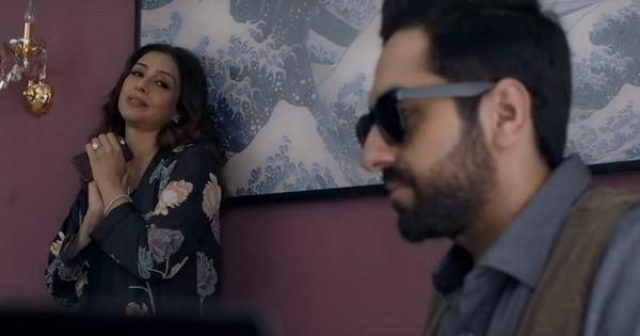 Tabu with Ayushmann Khurrana in a still from<i> AndhaDhun</i>.