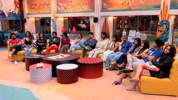 The tension goes up in the Bigg Boss house as a mid-week eviction is announced.