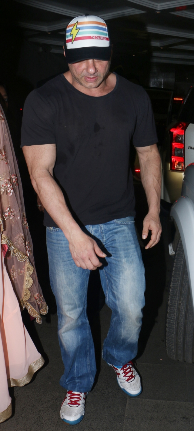 Sohail Khan at Yuvika and Prince's wedding.