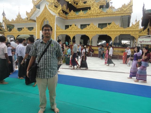 Shwedagon near the Eastern Gate.