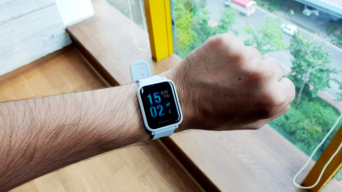 Desire the Apple Watch But Don't Have the Money? Try These