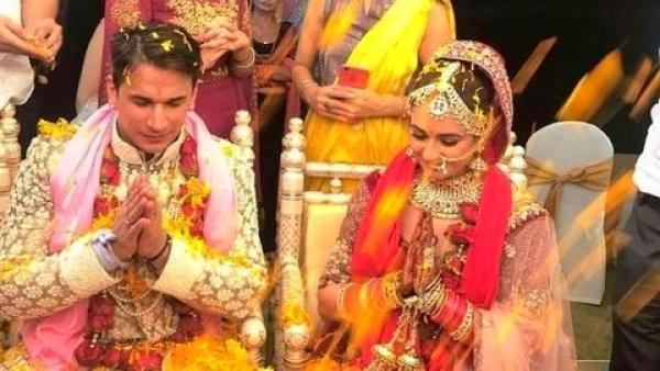 <i>Bigg Boss 9 </i>winner Prince Narula tied the knot with Yuvika Chaudhary on 12 October.