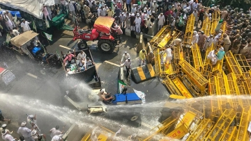 Thousands of protesting farmers were stopped at the Delhi-UP border on 2 October, with the police using water cannons and tear gas shells to disperse them.