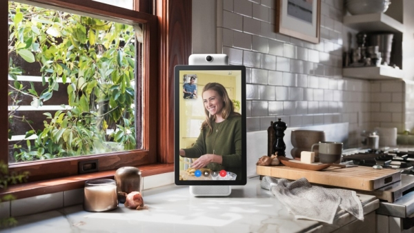 Facebook has launched its own hardware for video chat.