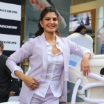 Here's Who Jacqueline Fernandez Would Call for Fashion Tips