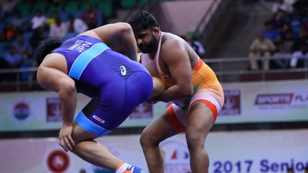 India's Sumit Malik reached the semi-finals of the World Wrestling Championships.