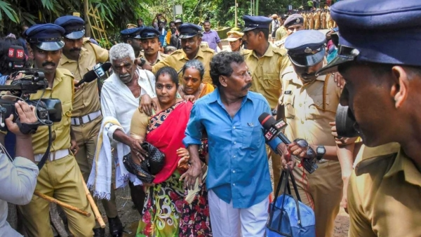 Kerala On Edge as Mobs Heckle Women Trying to Enter Sabarimala