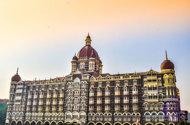 <i>Hotel Mumbai</i> is based on the terrorist attacks of 26/11.
