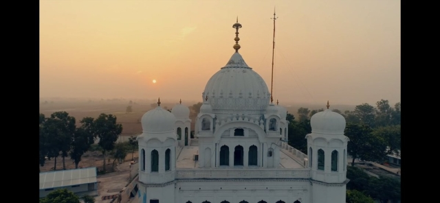 Located only 3km from Pakistan-India border, Gurdwara Darbar Sahib, Kartarpur, was built to commemorate the spot where Guru Nanak is said to have spent the last days of his life.
