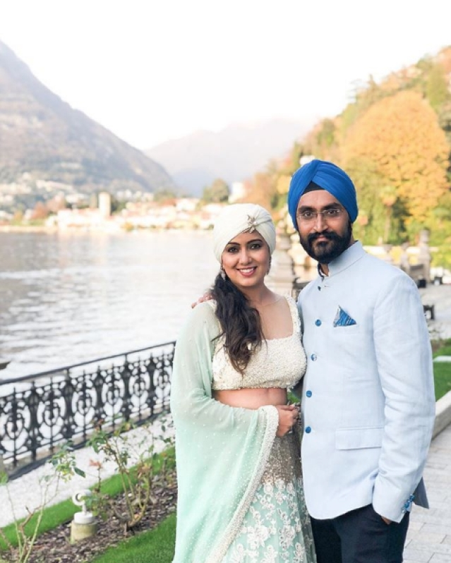 Singer Harshdeep Kaur shared a photo from the wedding venue.