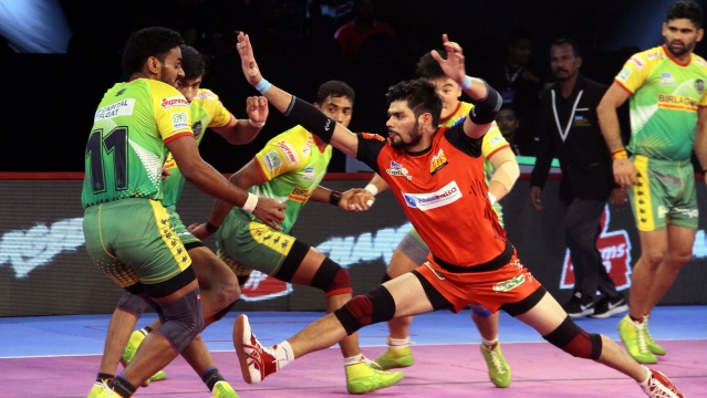 Rohit Kumar opened Bengaluru Bulls' account in the third minute with a raid.