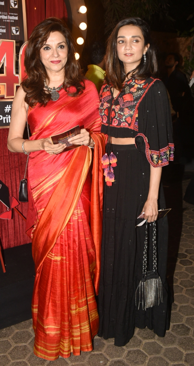 Lilette and Ira Dubey pose pretty.