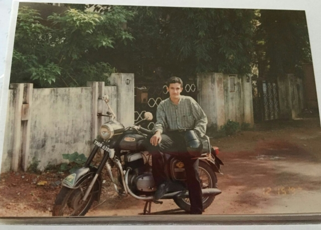 That's me (Roshun), with the Yezdi 250 Classic back in 1996. Notice the design similarity.