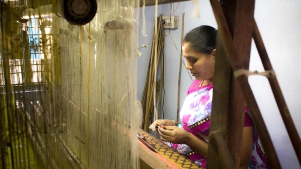 Negamam Cotton Weavers Dwindling Due to Social, Economic Issues