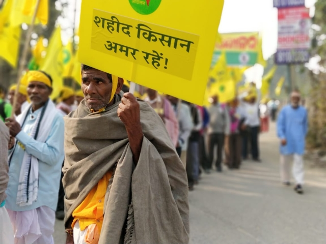Footsteps of hundreds of farmers thundered in Delhi ahead of the mass gathering slated for Friday.