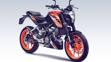 The KTM 125 Duke is loaded with technology.