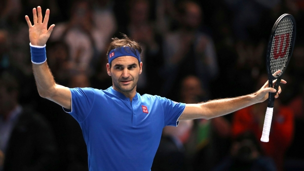 Roger Federer qualified for the last-4 at the ATP Finals for a record-extending 15th time