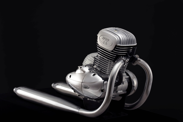 The 293 cc, liquid-cooled single cylinder DOHC engine that powers the Jawa.