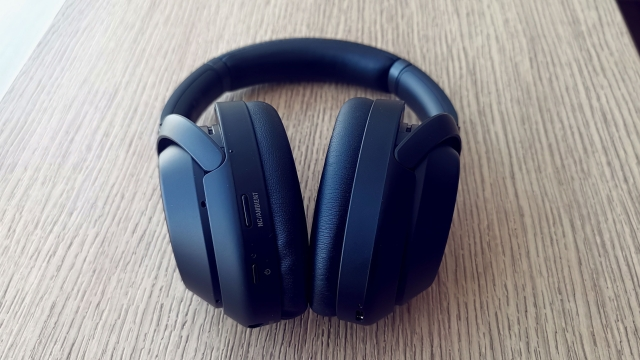 The MX3 lets you control ambient audio and noise cancellation.