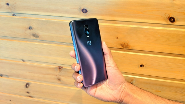OnePlus 6T Thunder Purple variant now available in India.