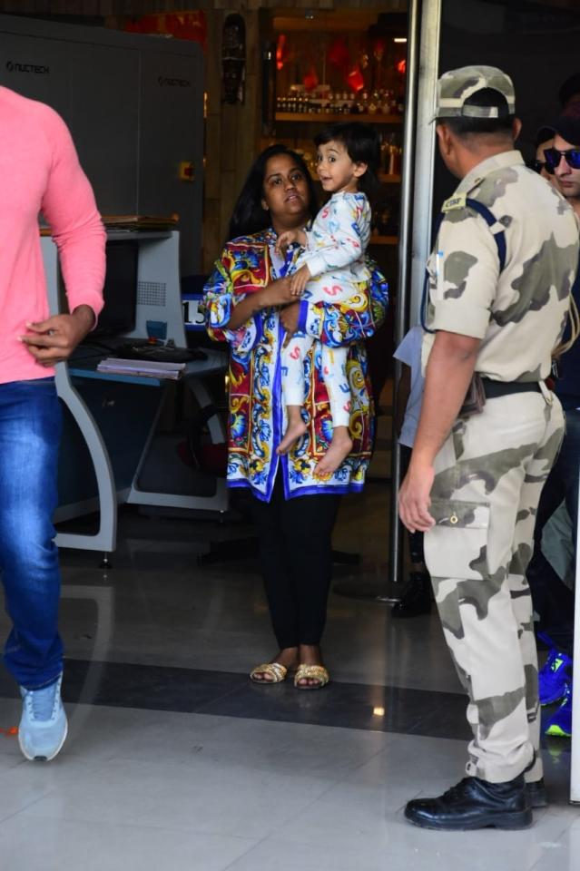 Arpita Khan and son, Ahil at the airport.