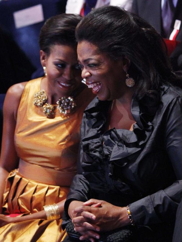 Oprah will be moderating Michelle's promotional tour launch.