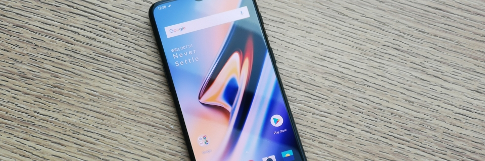 OnePlus 6T Price in India: OnePlus 6T Gets Rs 4000 Price Cut