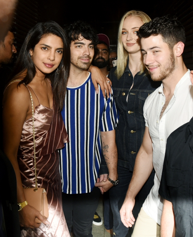 Here's the awesome foursome - Priyanka Chopra and Nick Jonas, Joe Jonas and Sophie Turner.