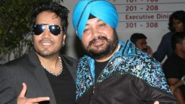 Daler Mehndi, singer and Mika Singh's brother told<i> </i>a publication that that the girl who accused him in Dubai worked with Mika in his group since the last 3-4 years.