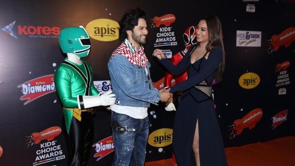 Varun Dhawan and Sonakshi Sinha at the Nickelodeon Kids' Choice Awards.