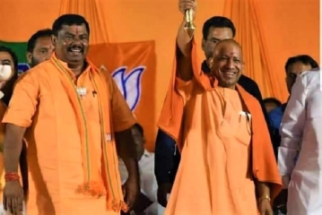 Uttar Pradesh Chief Minister Yogi Adityanath (right) said that if the BJP was voted into power, it would rename Hyderabad to Bhagyanagar.