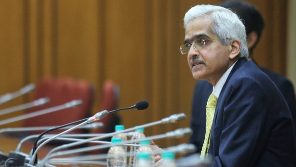 Reserve Bank of India's new Governor Shaktikanta Das sits for a press conference at the RBI headquarters in Mumbai.